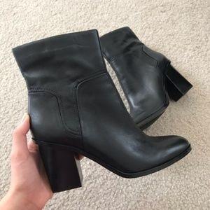 Ninewest booties